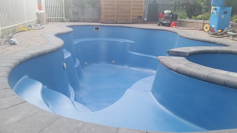 vm fiberglass pool renewal no water in.jpg