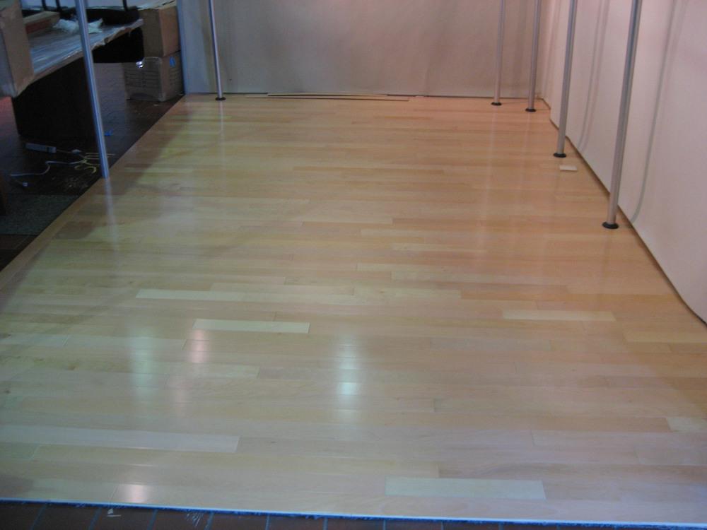 tradeshow-booth-flooring-a3.jpg