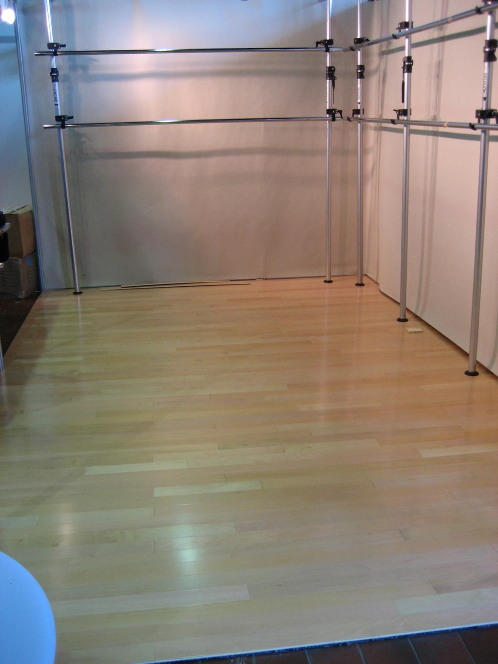 tradeshow-booth-flooring-a1.jpg