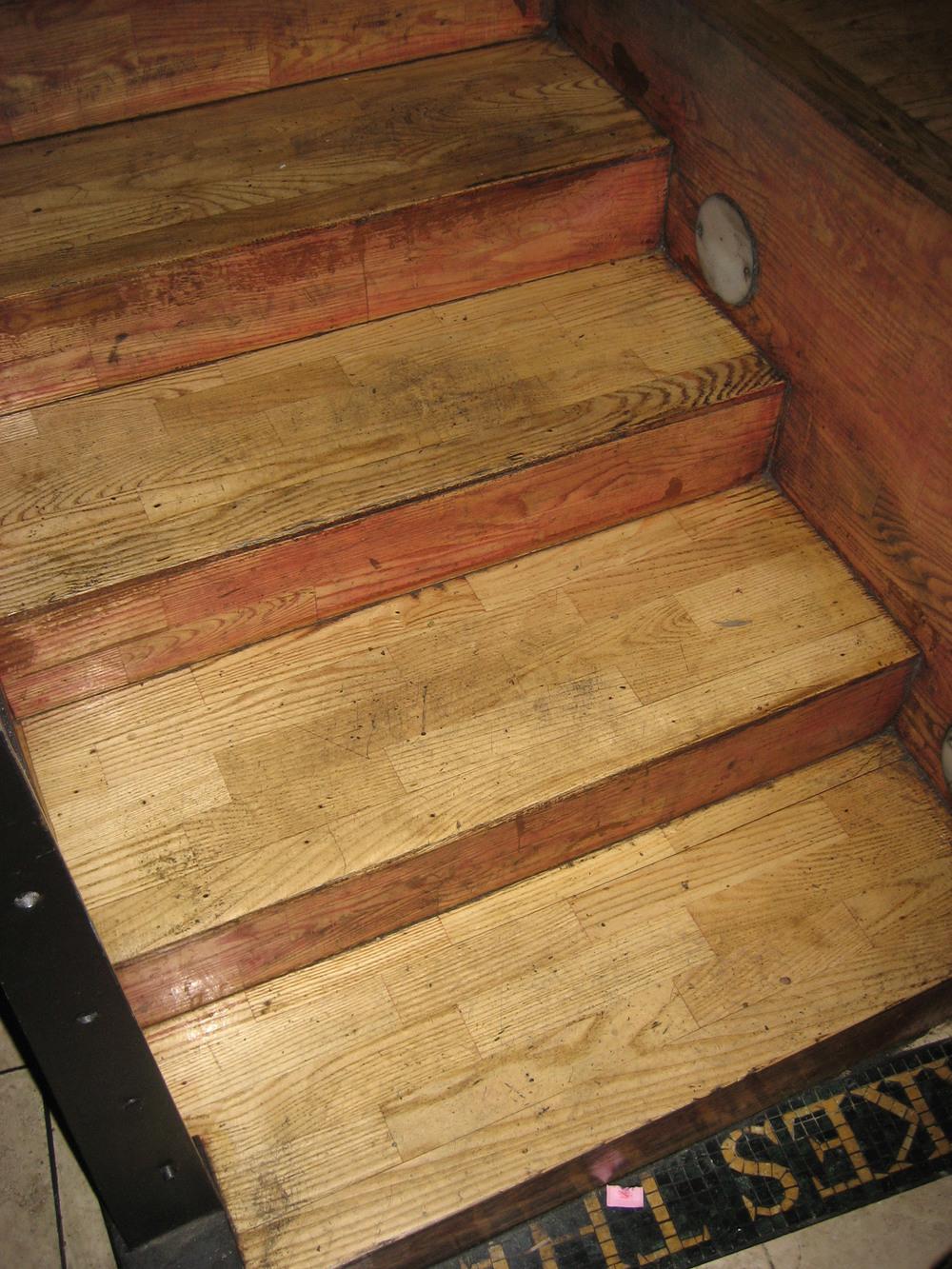 midtown-restaurant-overnight-refinish-stairs-before.jpg