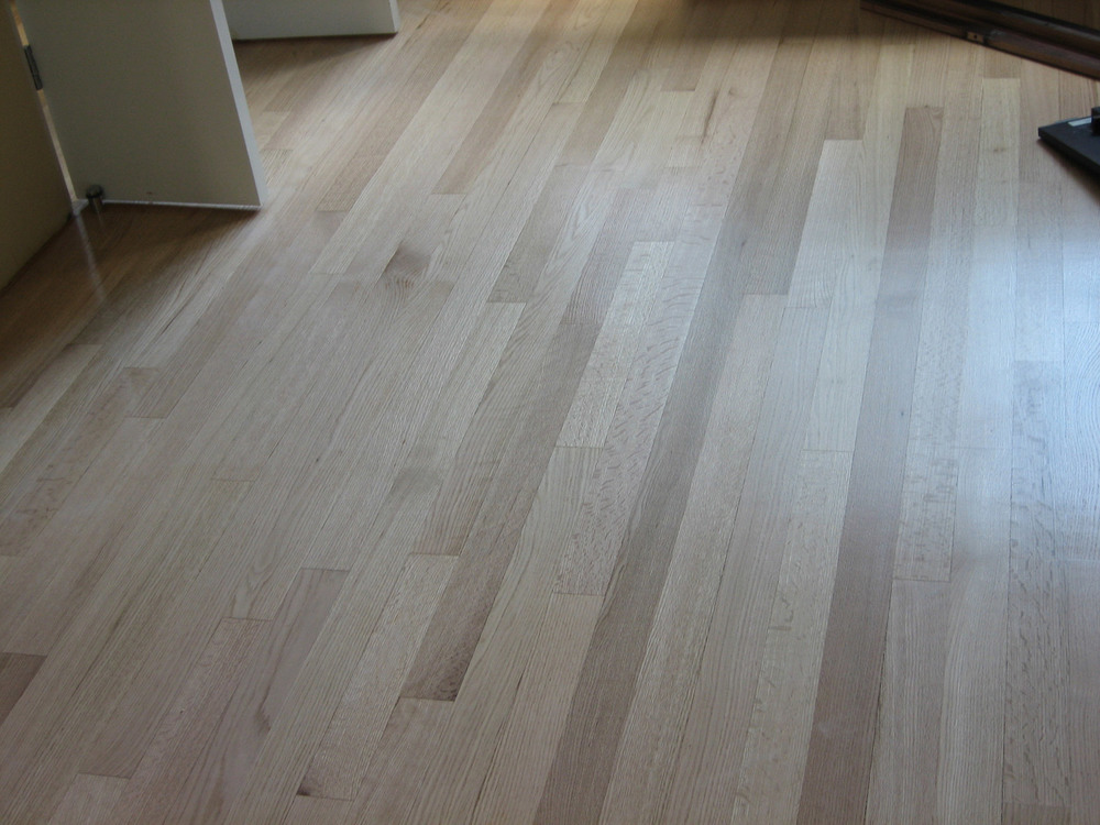 White-Oak-strip-natural-finish-1.jpg