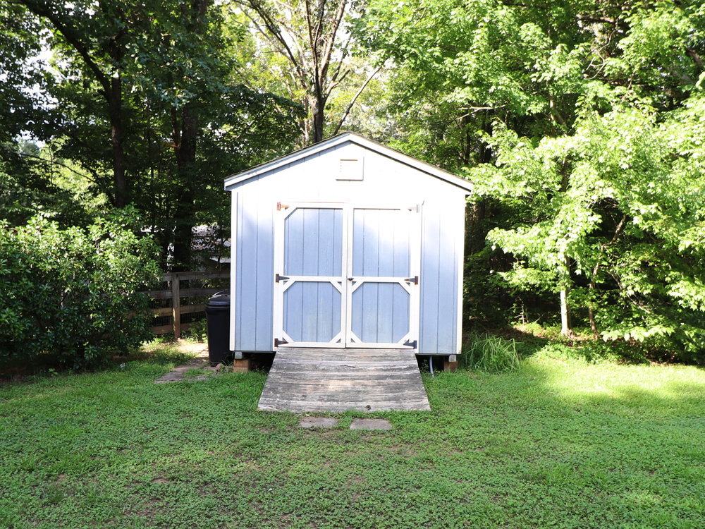 shed_pic01.JPG