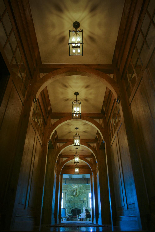 hallway0001.jpg