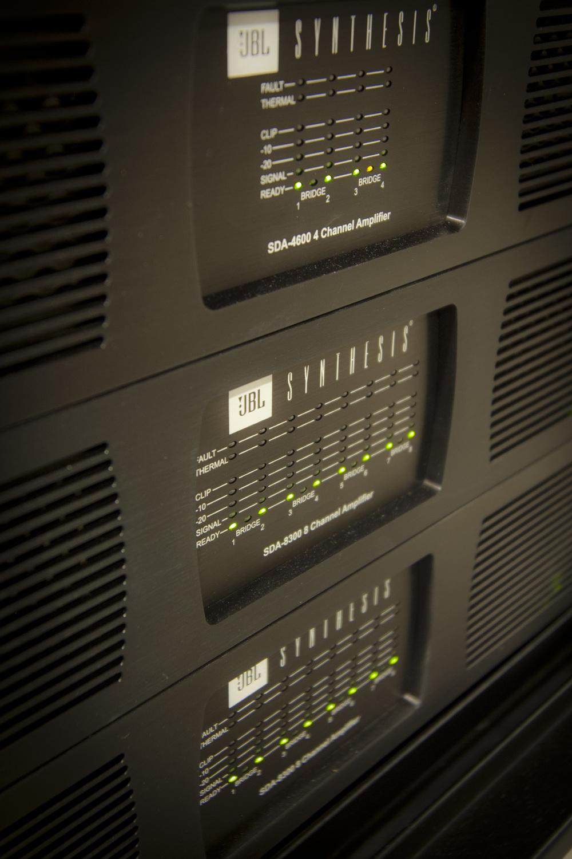 rack1002.jpg
