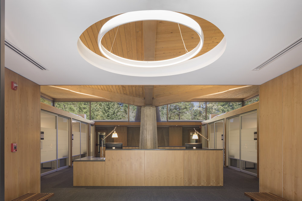 Lewis & Clark Law School light . Studio Petretti - SKL
