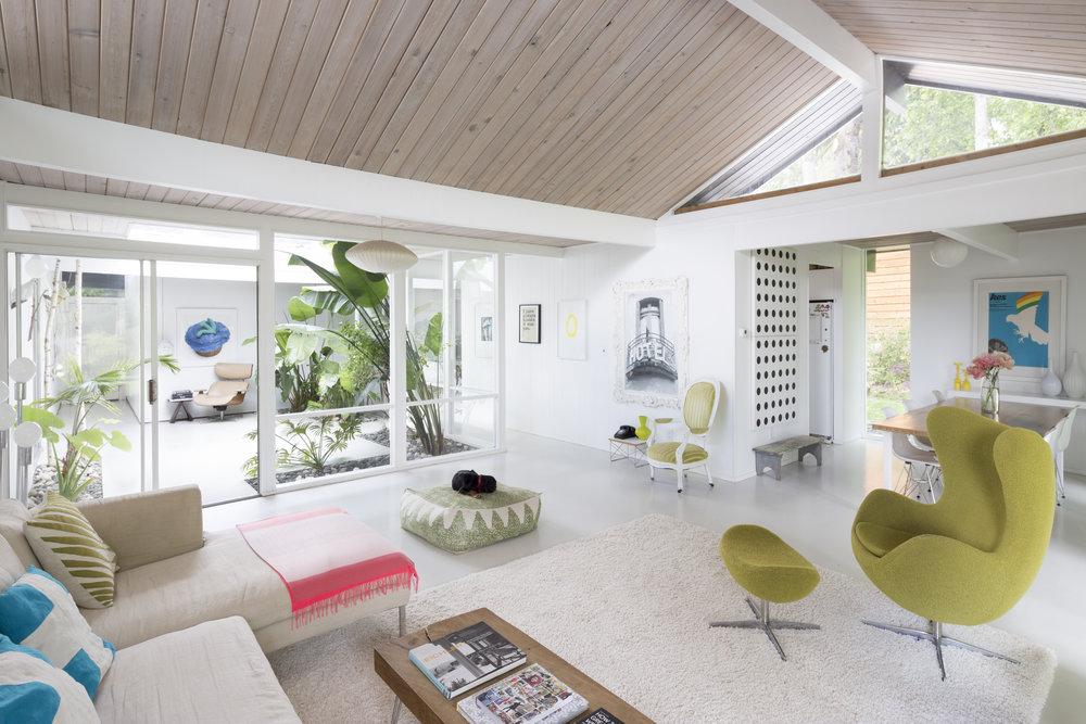 Rummer living room . Baynes