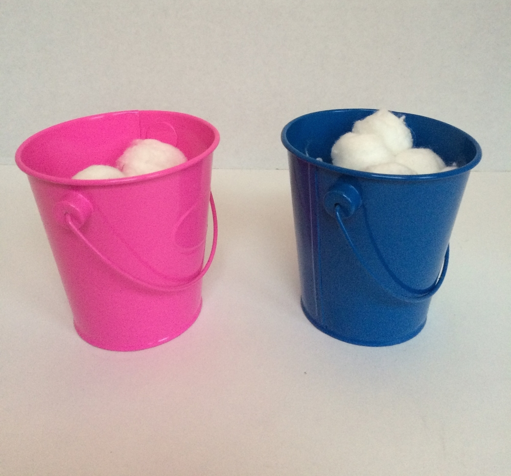 Here are the kids' buckets, pink for my daughter and blue for my son.