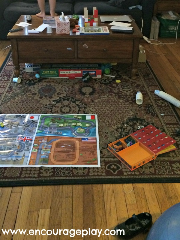 A tour of my home: living room by Encourage Play