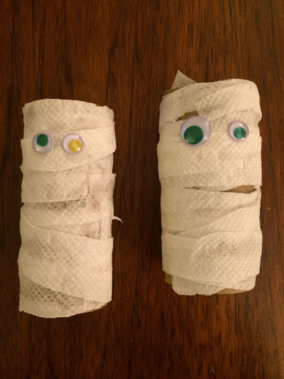 Halloween Mummy Craft from Encourage Play
