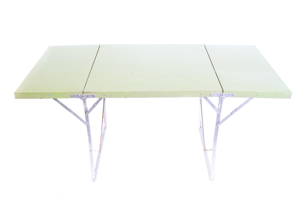 (T-022) THE CAMPY FOLDING TABLES