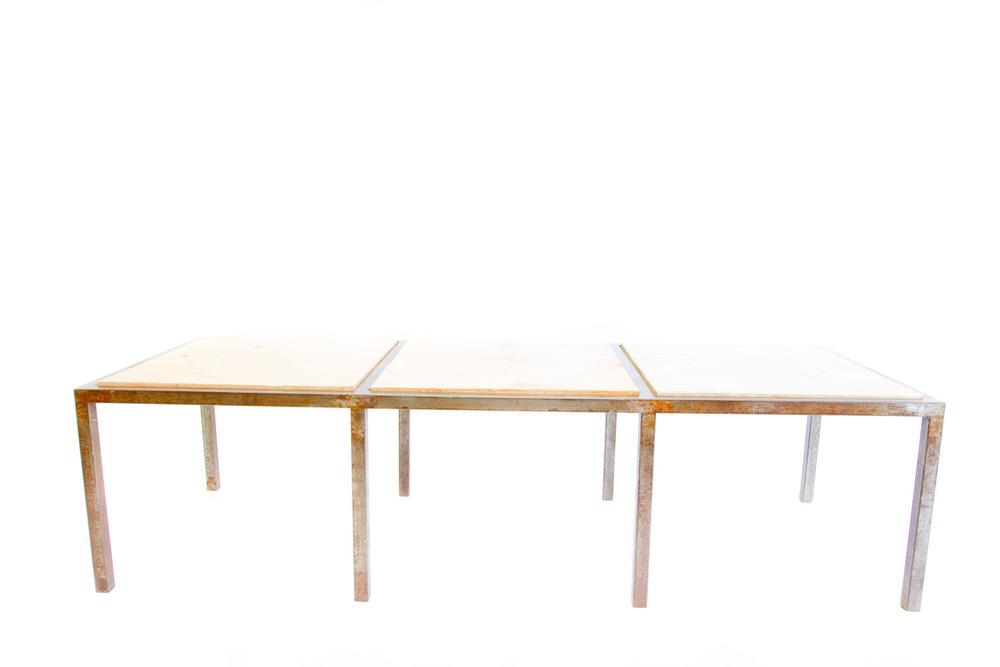 (T-024) FOURSQUARE MINUS ONE TABLE
