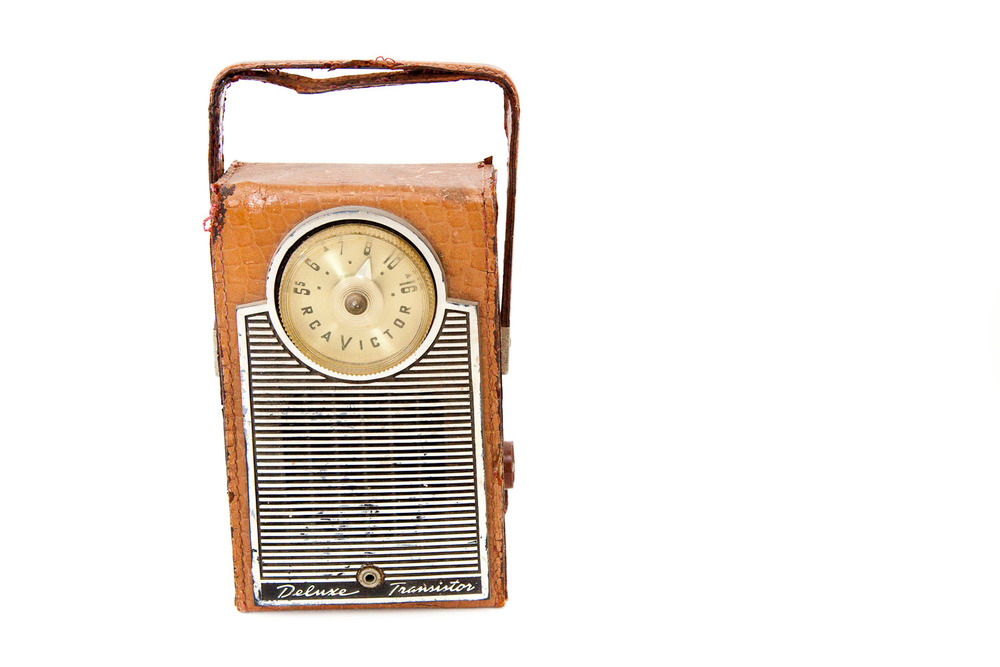 (PS-026) TRANSISTOR DELUXE RADIO