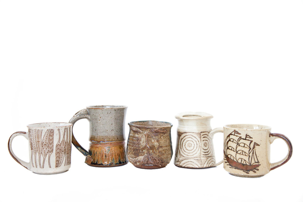 (TA-046.1) VINTAGE MUG COLLECTION