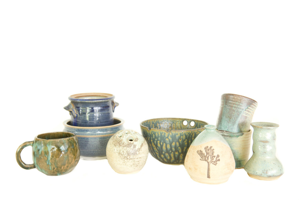 (V-002.4) THE DISREGARDEN CERAMIC COLLECTION