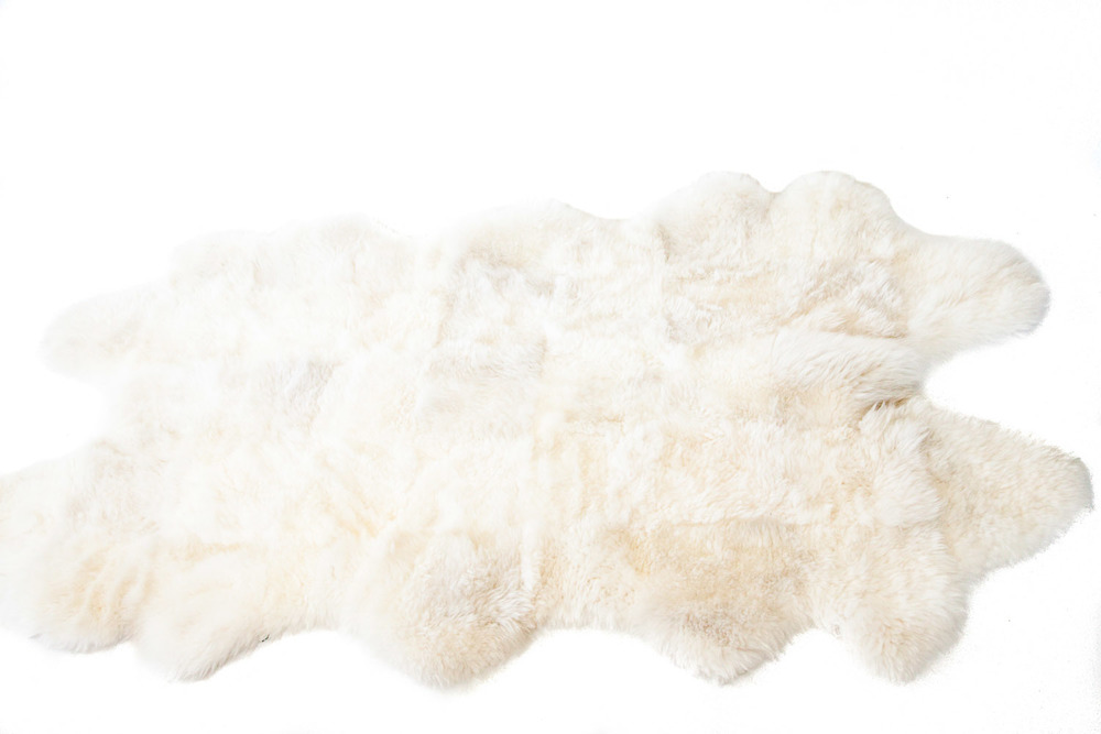 (R-001) SHEEPSKIN RUGS