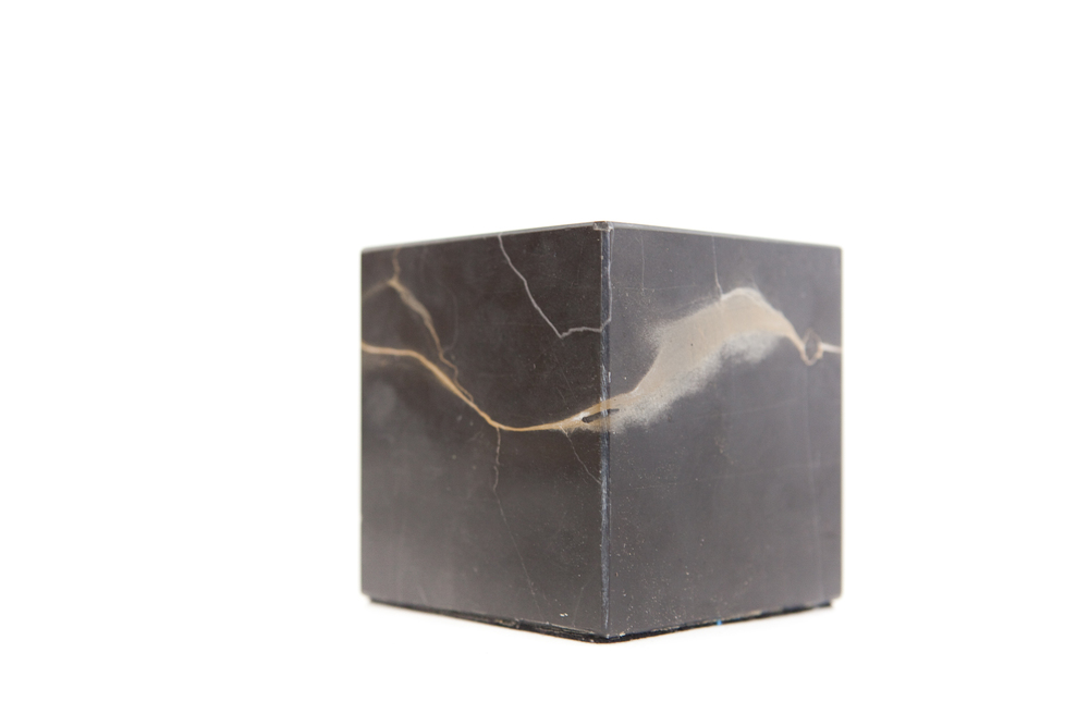 (PS-166) BLACK MARBLE CUBE
