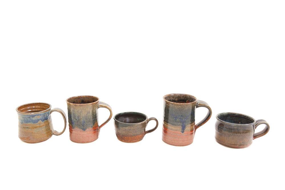 (TA-046.5) VINTAGE CERAMIC MUG COLLECTION