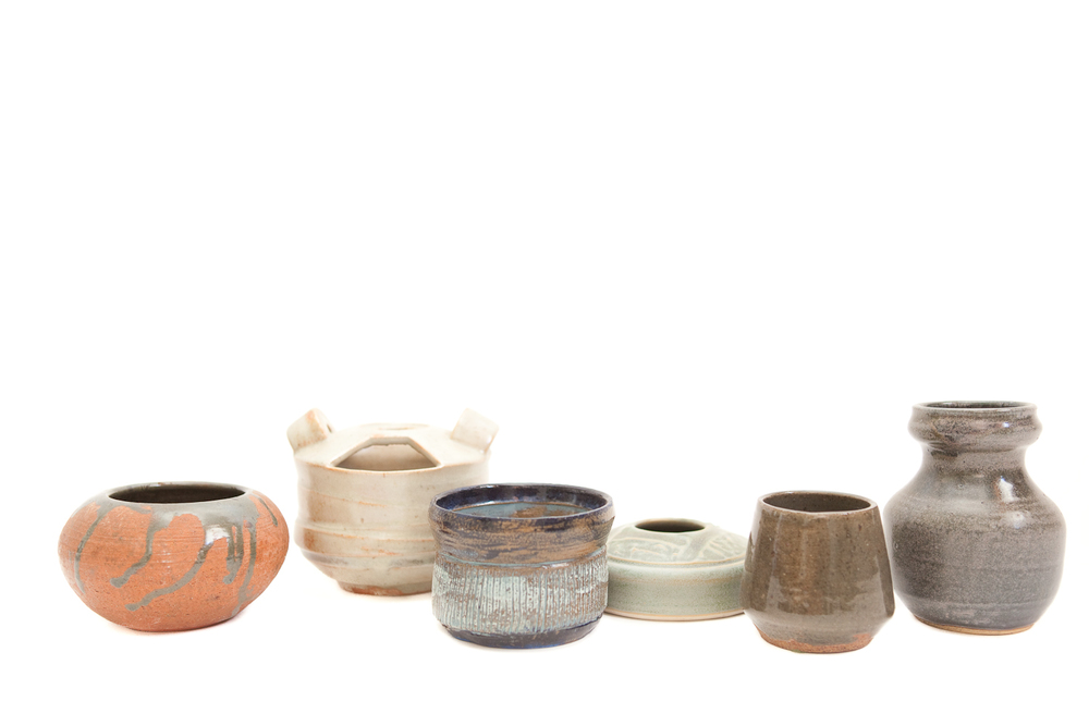 (V-002.5) THE DISREGARDEN CERAMIC COLLECTION