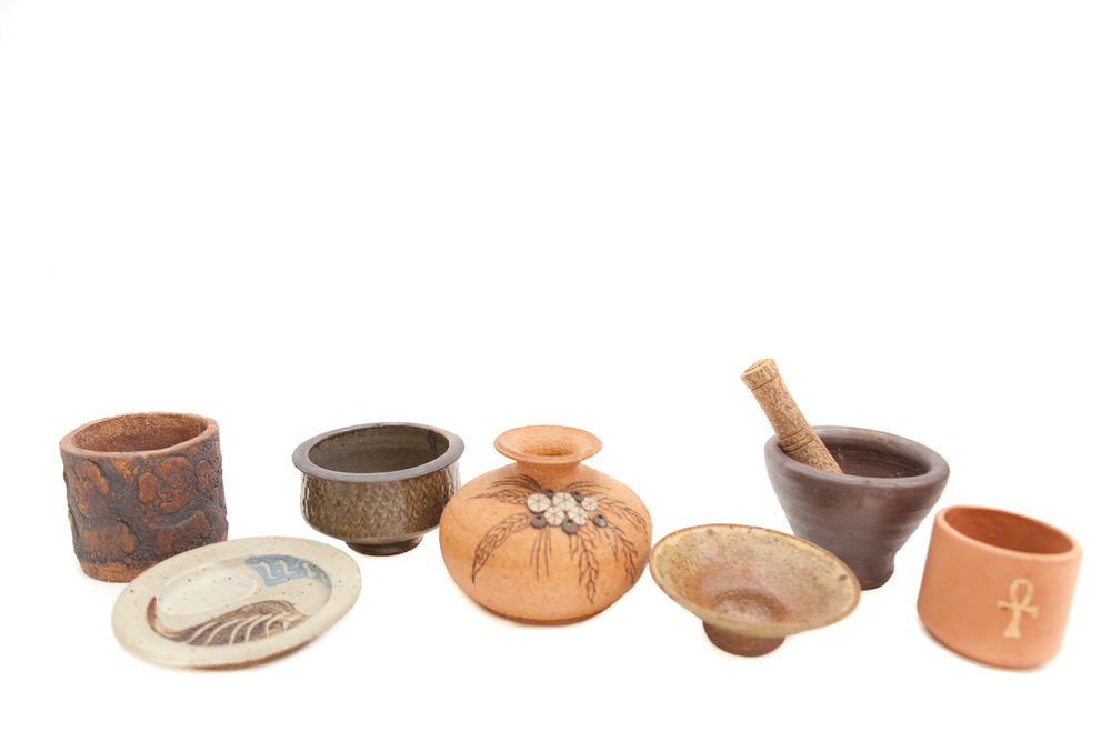 (V-002.10) THE DISREGARDEN CERAMIC COLLECTION