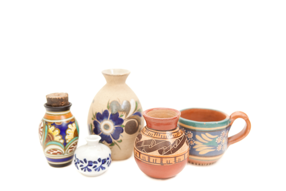 (V-002.11) THE DISREGARDEN CERAMIC COLLECTION