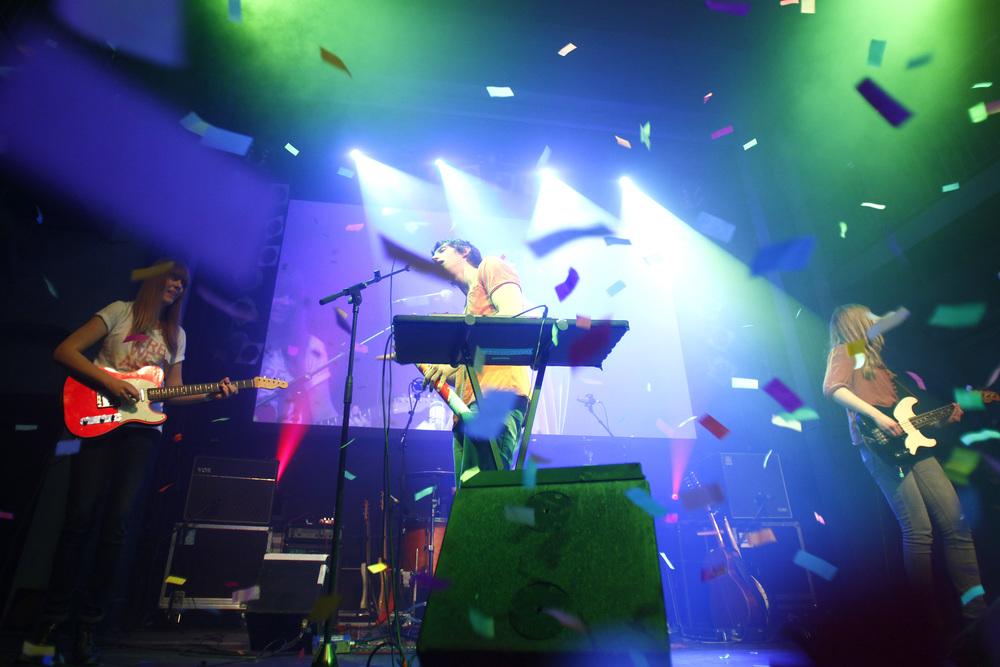 HANS 2012 / Live-Performance der Newcomerband Tonbandgerät (© public address)