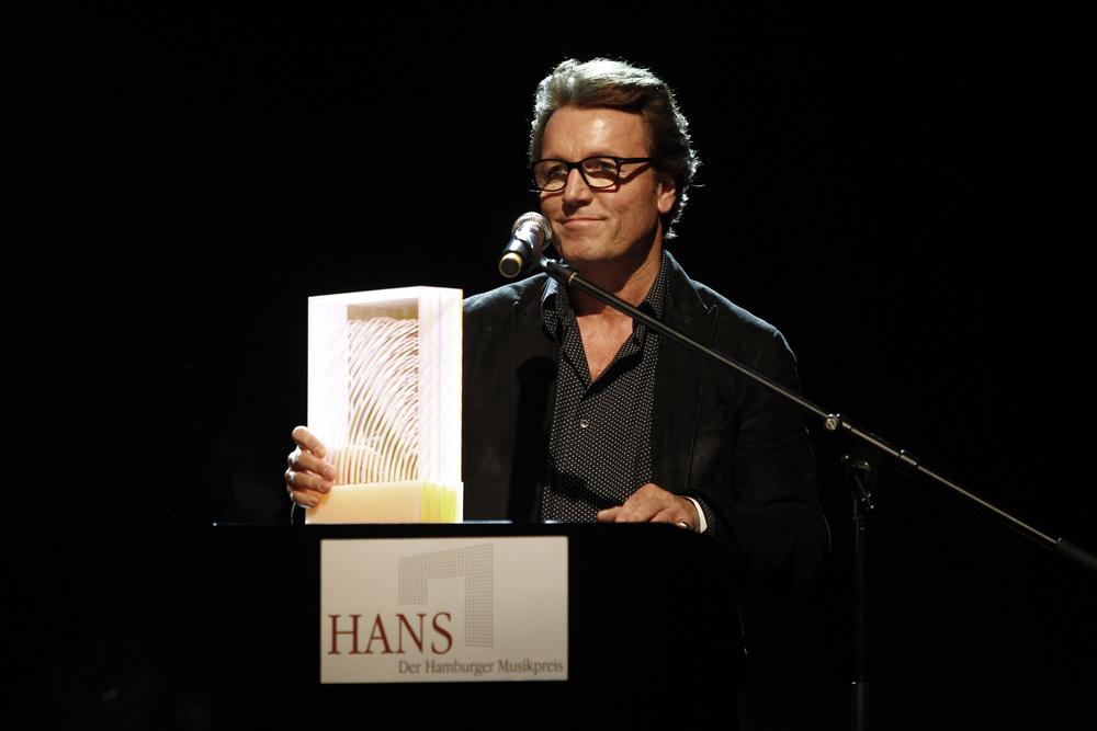 HANS 2013 / Ein HANS für Warner Music Central Europe (© public address)