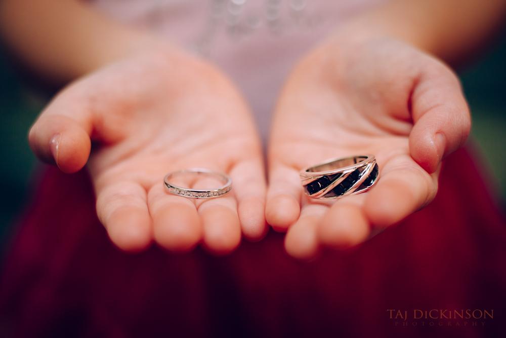 wedding rings hand detail macro closeup
