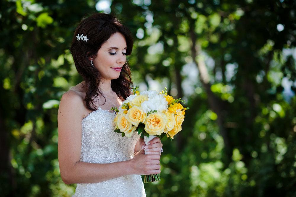 wedding bride portrait tree bouquet