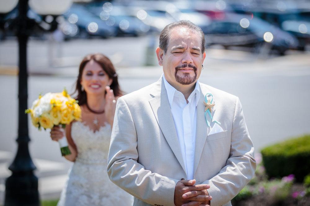 wedding bride groom first look