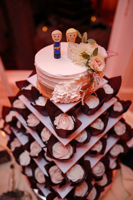 wedding cup cake detail