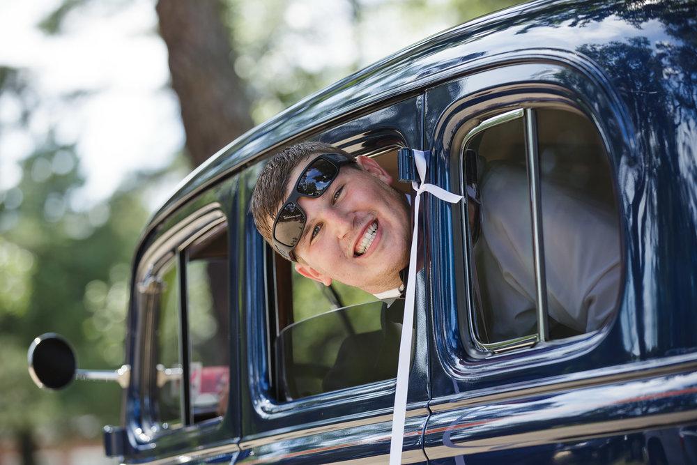 wedding groom old classic car