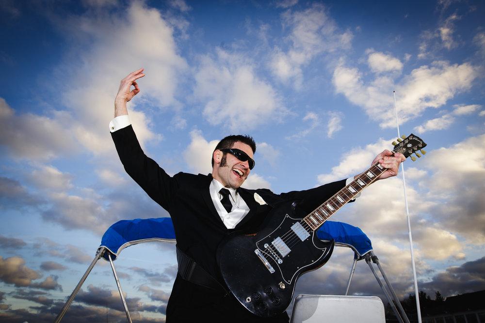 wedding groom portrait boat crystal point yacht club brick nj