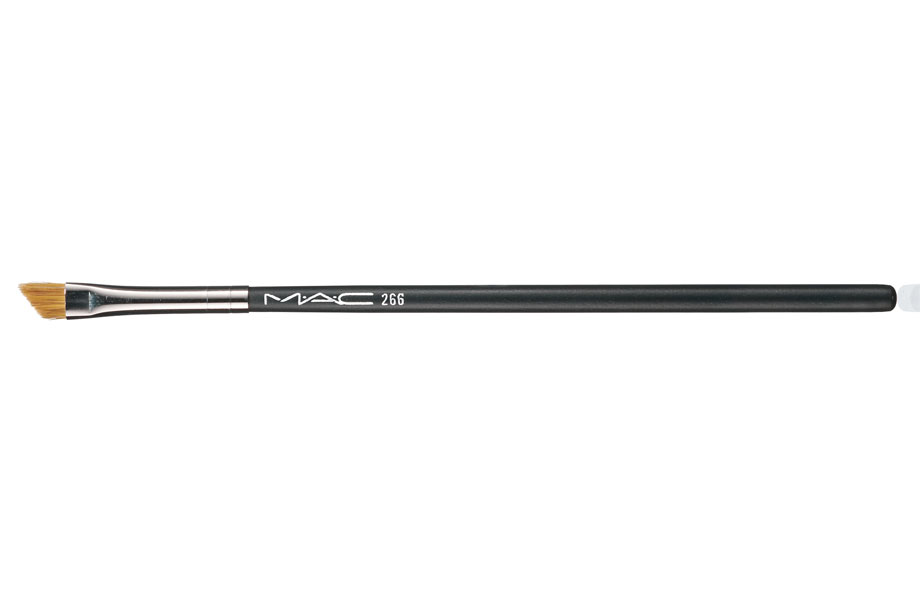 MAC Slanted Eyeliner Brush