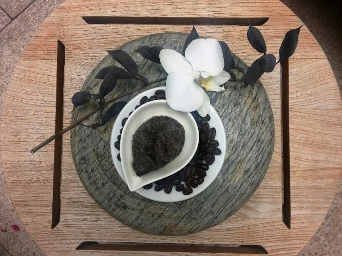 DIY Coffee Coconut Scrub.jpg