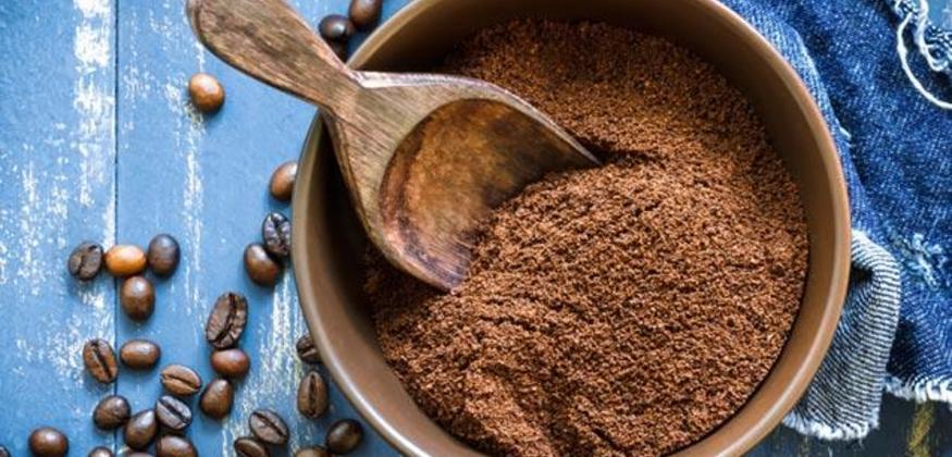 DIY Coffee Coconut Foot Scrub.jpg