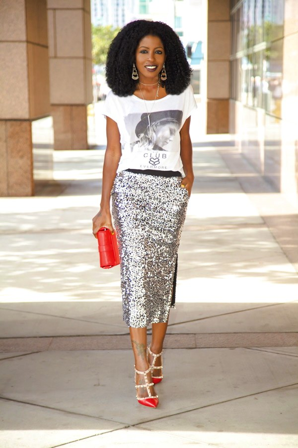 09bbf238ee89 ... of a t-shirt. Wear this look on a date night with your favorite pumps  and statement earrings. You could even add some statement neckpiece as a  way to ...