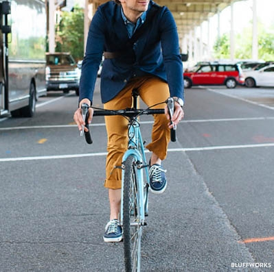 Bluffworks_Chinos_biking_01-28.jpg