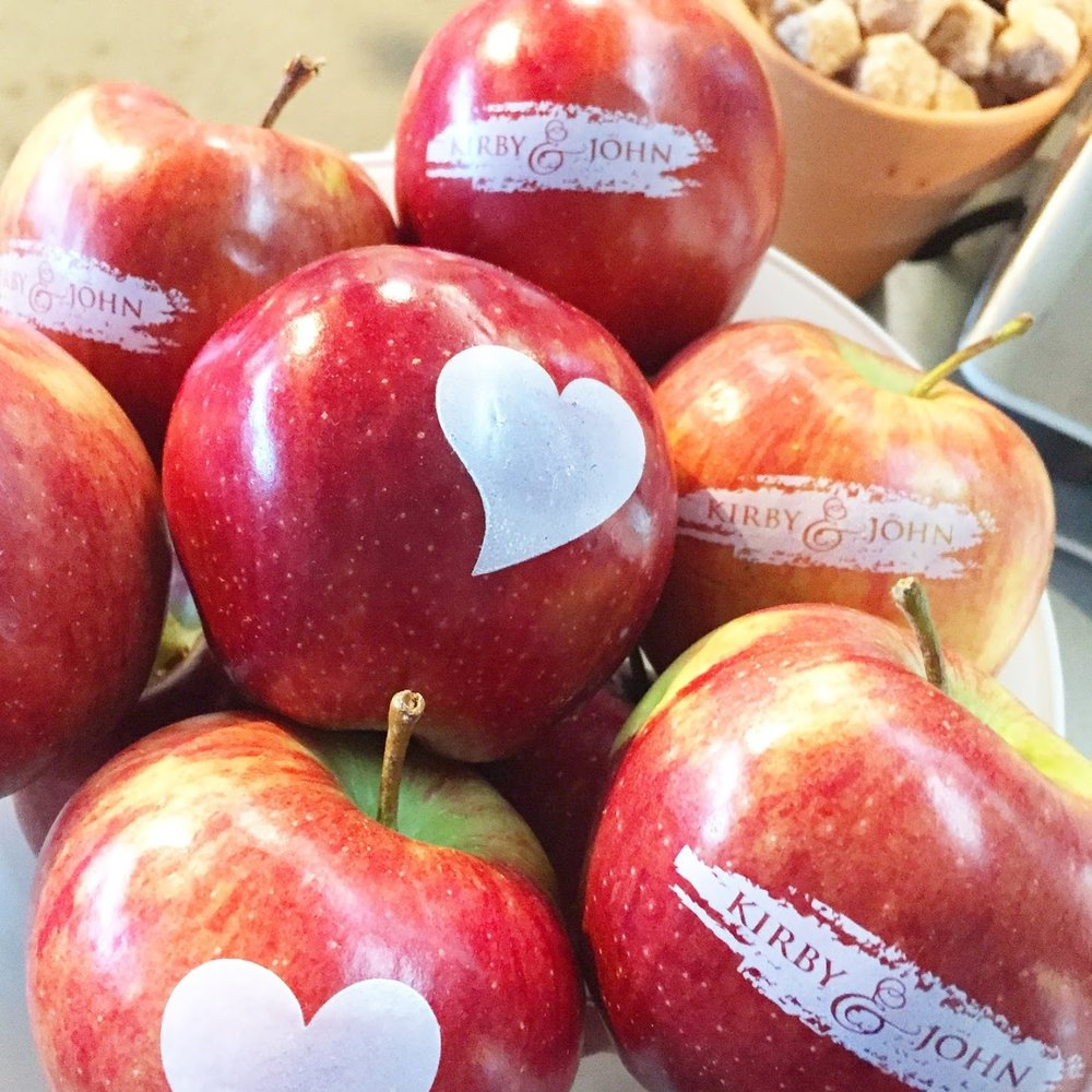 Fun to Eat Fruit Heart Apple Favors.JPG