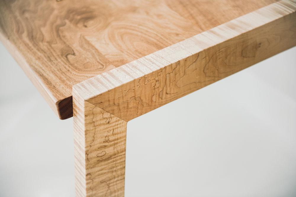 Modern Desk wood legs