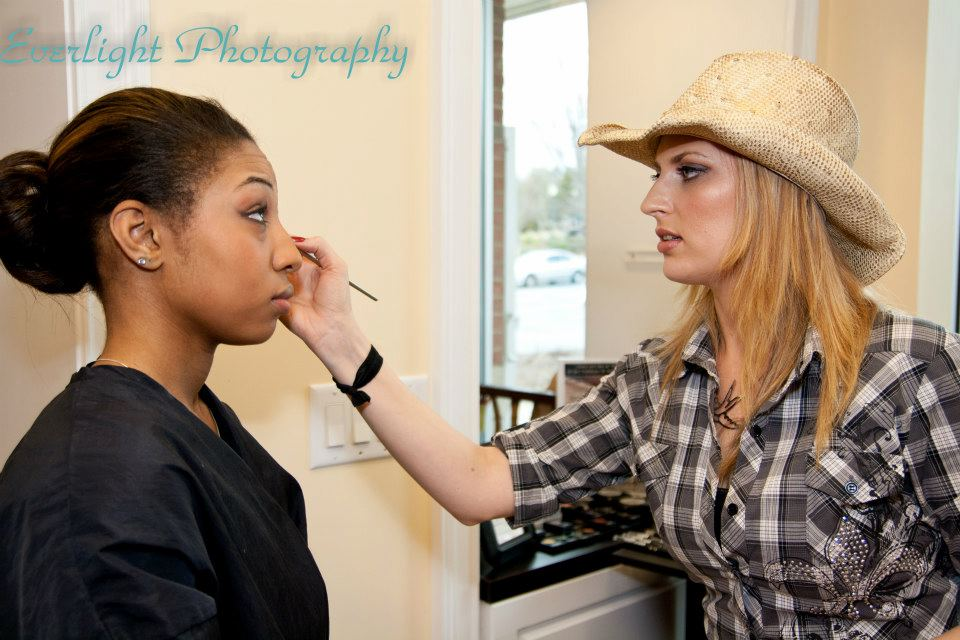 makeup by Lace Cosmeticsphotography by Everlight Photography