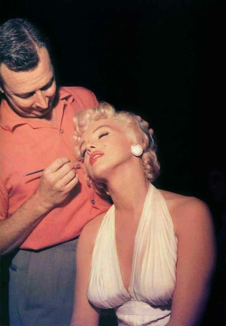 marilyn monroe and makeup artist