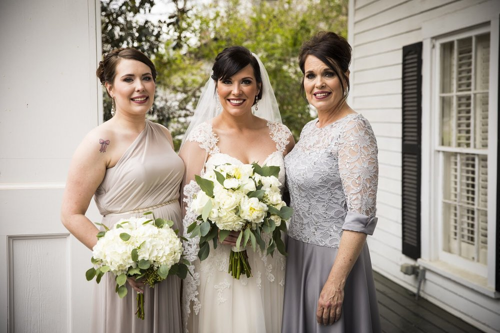 Bride, Mom and Sister
