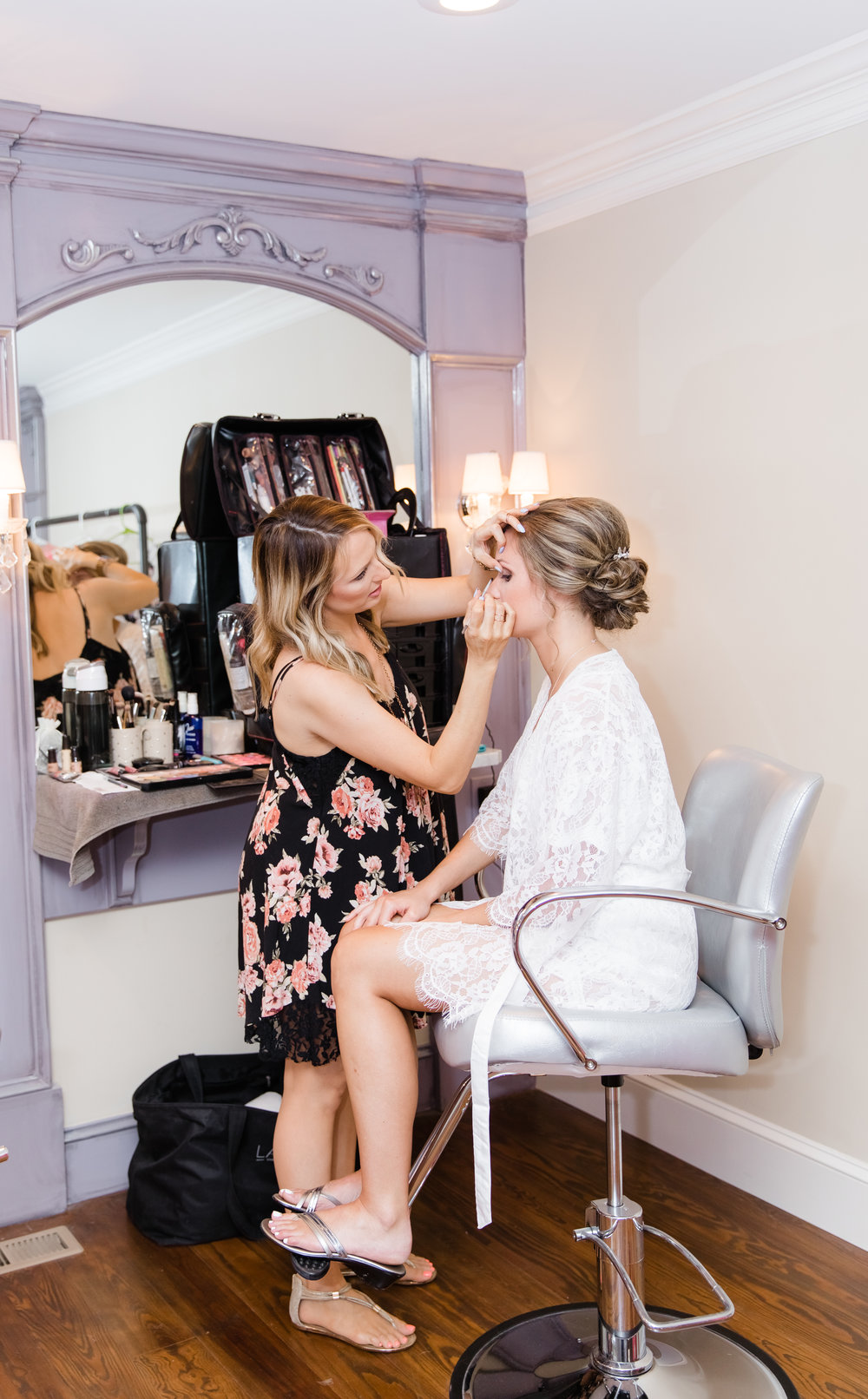 bride and lace on location makeup lace cosmetics (2)