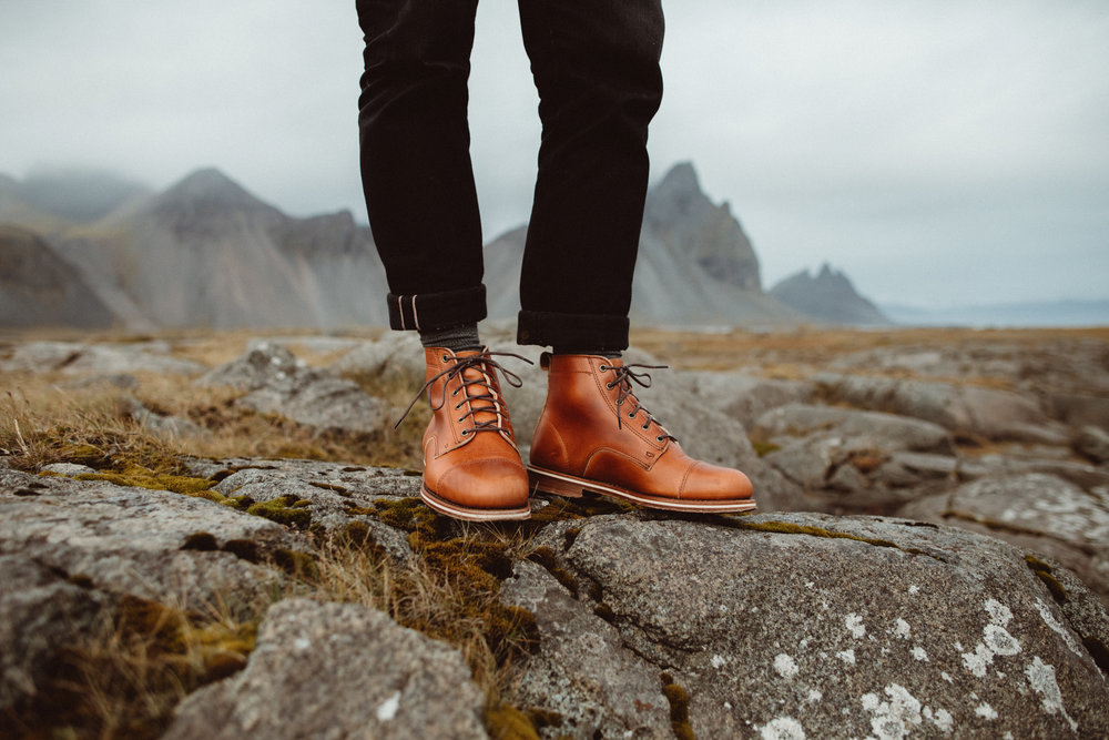 HELM BOOTS -
