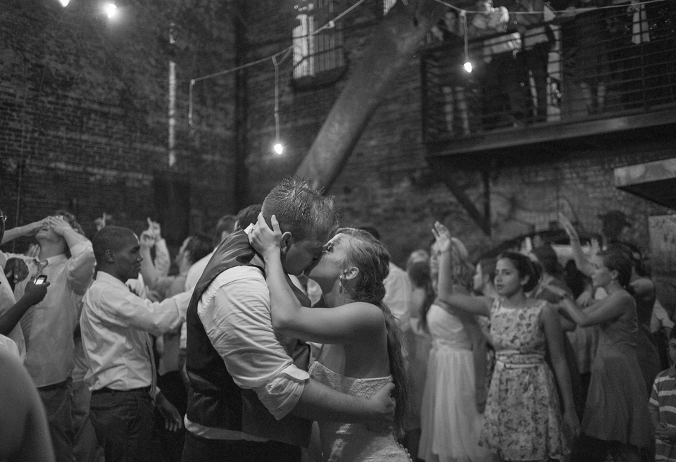 photojournalistic wedding photographer georgia