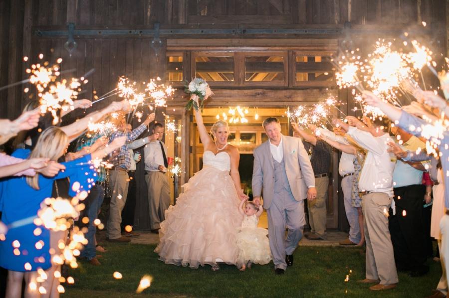 Pine Knoll Farm wedding