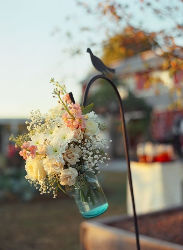 mason_jar_flowers