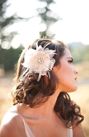 bridalhairflower