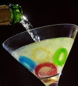 This cute little cocktail is simply gummy cany rings and champagne. What could be easier?  http://tinyurl.com/l2lj6at