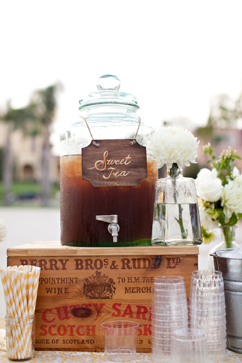 We think a Sweet Tea Station is just genius!